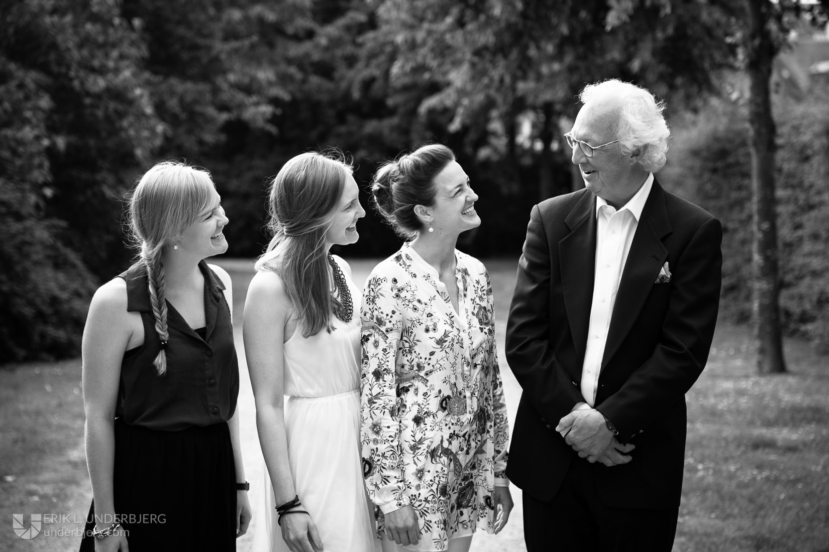 Far med døtre